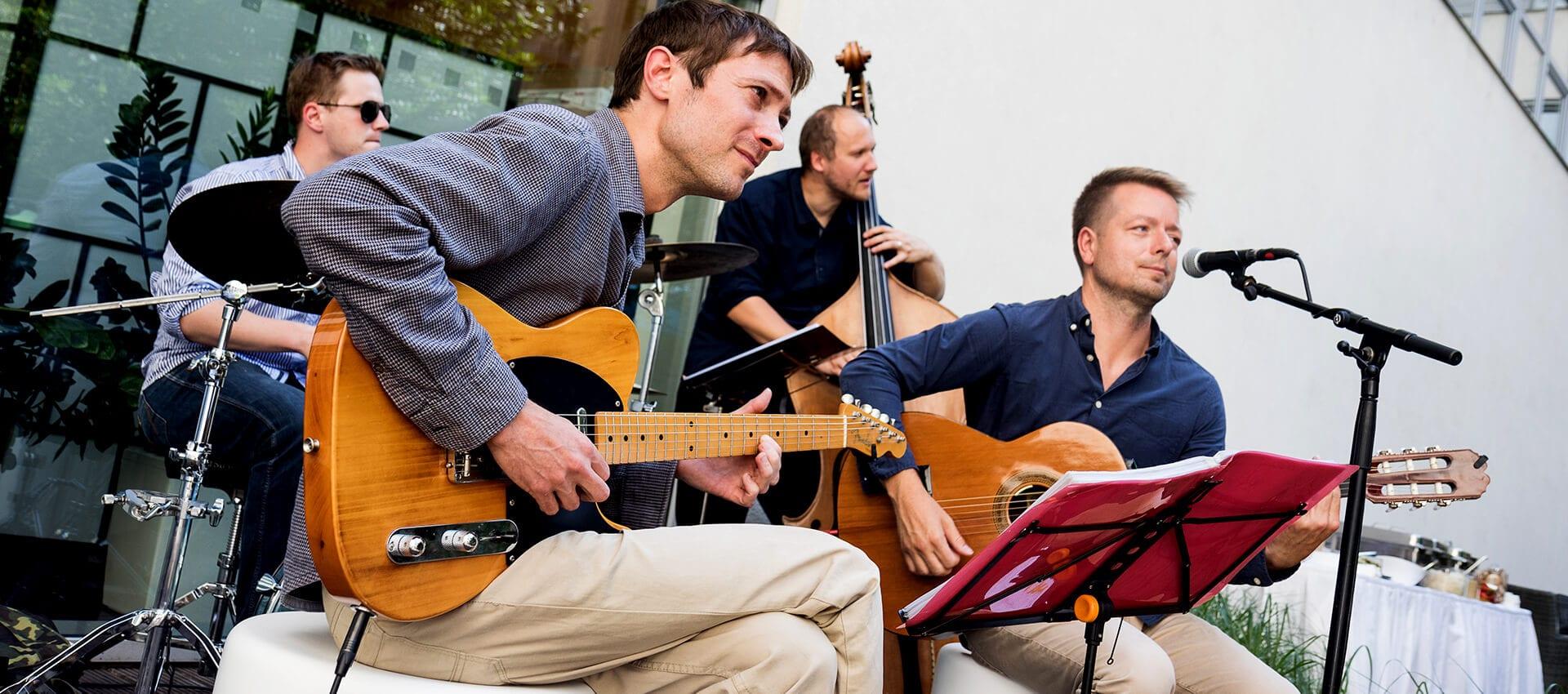 kapela na svatbu Jazz Aliments
